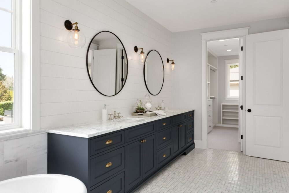 Bathroom Remodel Guide The Moulding Company