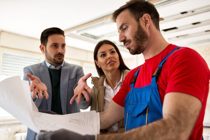 Tips for Preventing Problems with Your Contractor Mid-Project