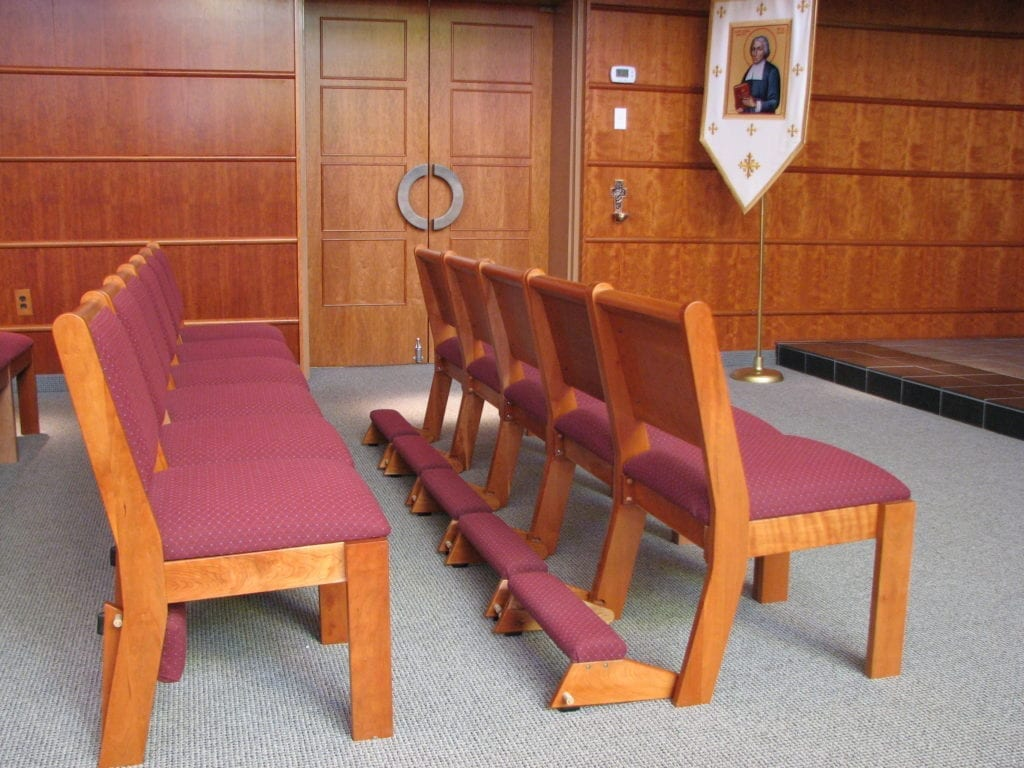 chairs with kneelers