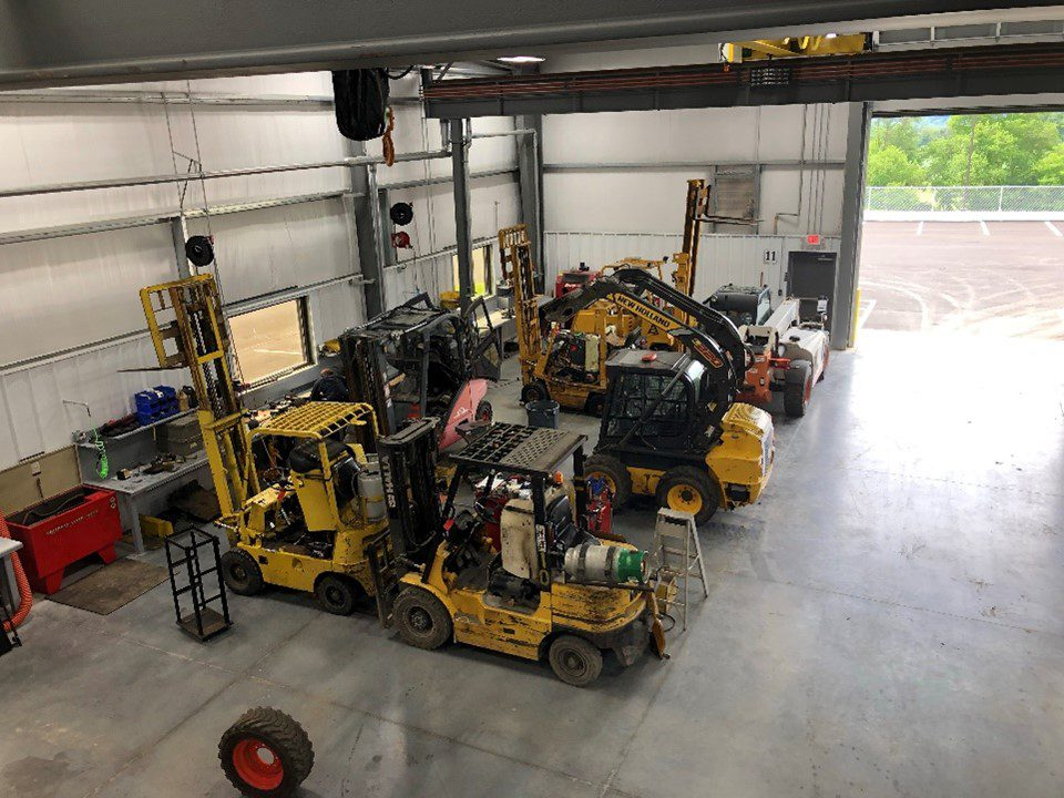 Factory-trained forklift technicians perform forklift maintenance at Sam's Mechanical Service.