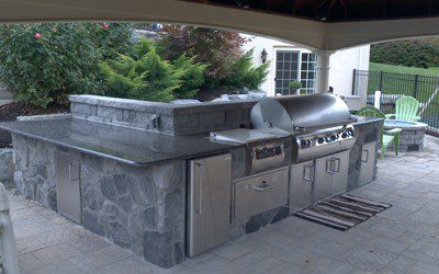 outdoor grilling island bar
